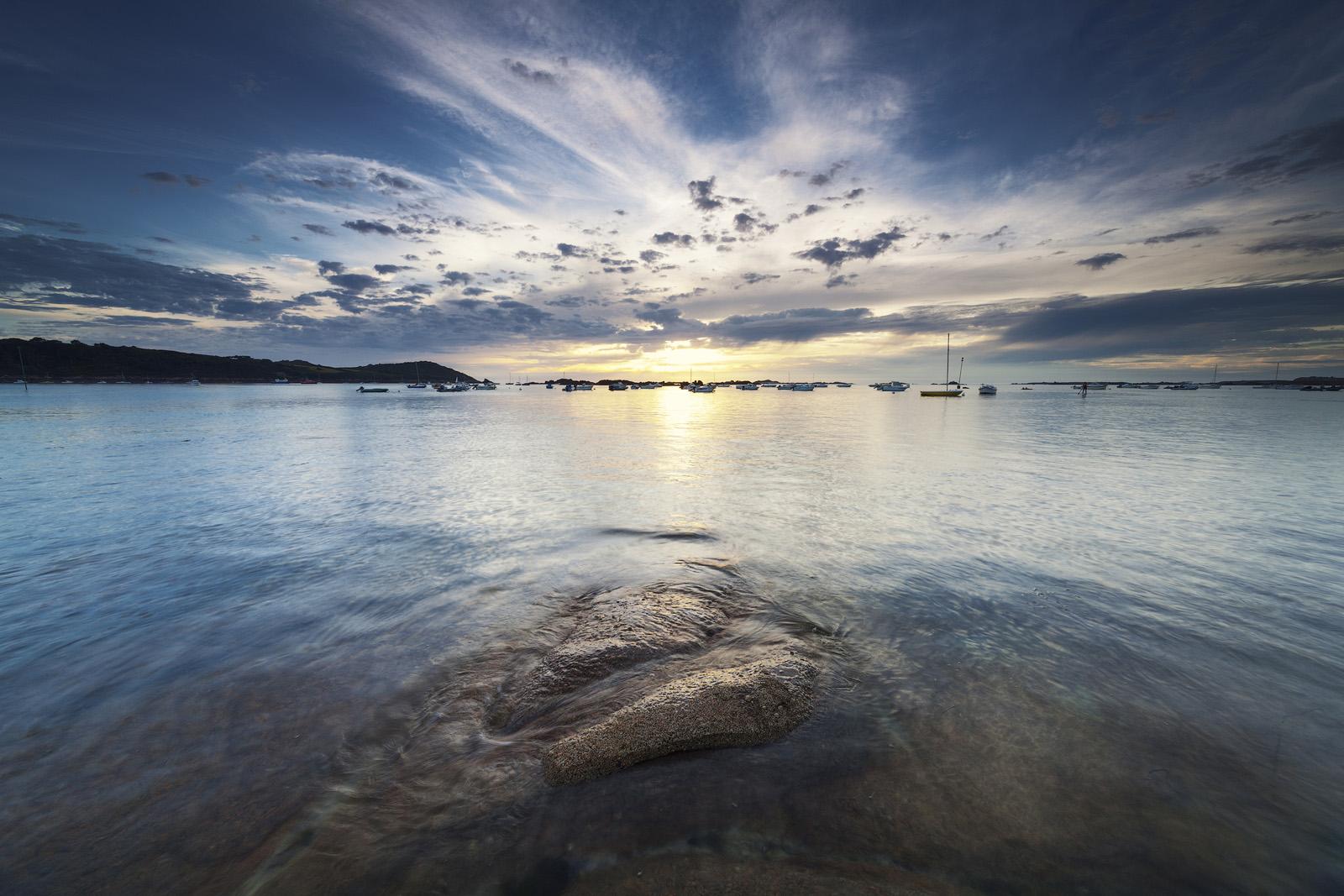 Coucher de soleil sur la plage de Tréberden, réalisée avec l'objectif Laowa 12mm F/2.8 Zero-D