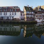 Reflet de la Petite France à Strasbourg, réalisée avec l'objectif Laowa 12mm F/2.8 Zero-D