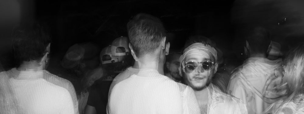 Rock en seine 2eme partie en soirée, photographie au flash infrarouge réalisée par Pierre-Louis Ferrer.