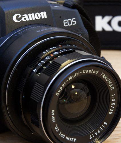 Appareil photo numérique Canon RP modifié pour l'infrarouge et l'ultraviolet et utilisé par le photographe Pierre-Louis Ferrer
