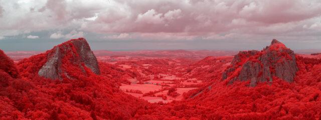 photo auvergne en infrarouge randonnée banne ordanche photographie infrarouge pierre-louis ferrer